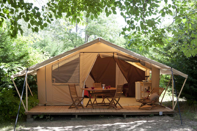 Les Tentes En Pr T Camper Camping Caravaning