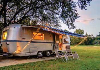 revamper vr camping caravaning. Black Bedroom Furniture Sets. Home Design Ideas