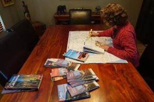 Joanne en plein travail de planification.