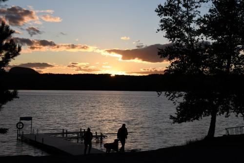 Coucher de soleil sur le lac Marie-Louise.