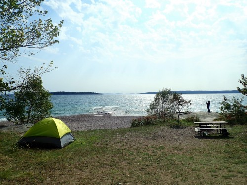 Emplacement spectaculaire du camping Rossport.