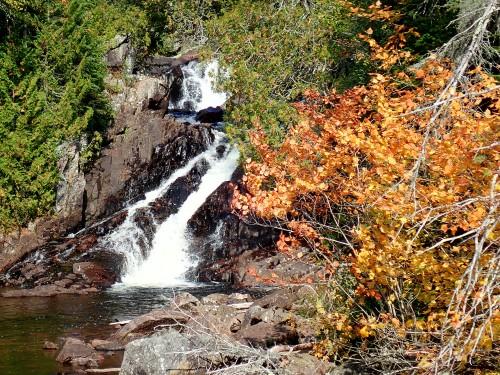 Sentier Rainbow Falls